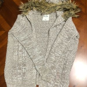 Abercrombie sweater for girls